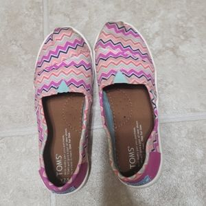 Toms 2.5 Girls Shoes Zigzag Pink Youth